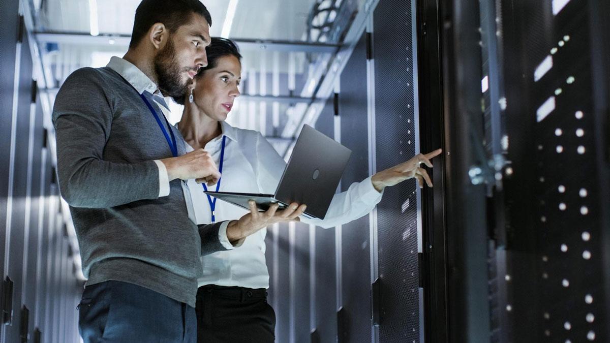 Помощь и поддержка при внедрении ИТ системы • Услуги бизнес консалтинга